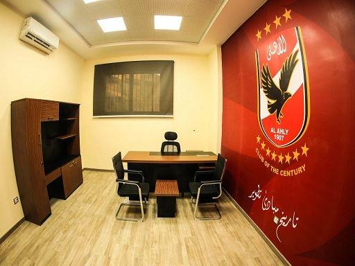 بالصور.. شاهد غرف ملابس الأهلي الجديدة وصالة العرض والجيم والعيادة